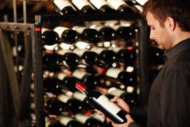 guide d 39 achat bien choisir sa cave vin. Black Bedroom Furniture Sets. Home Design Ideas