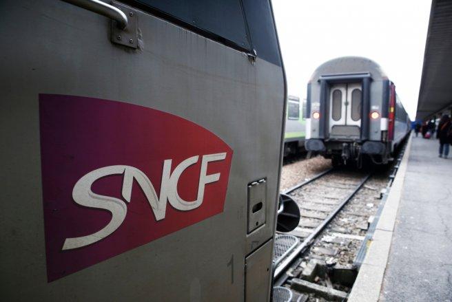 Les syndicats de la SNCF prévoient de rester en grève jusqu'au vote de la loi de réforme de la SNCF fin juin 2018. © Shutterstock
