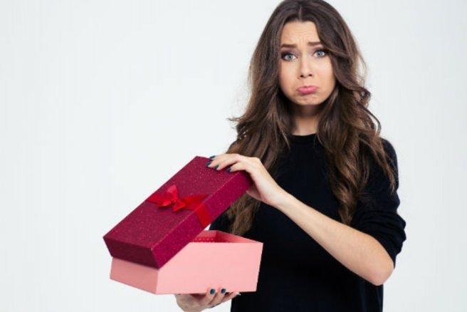 Je n'aime pas son cadeau @Shutterstock