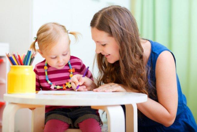 Garde d'enfant : 138 euros par mois d'aide supplémentaire pour les familles pauvres