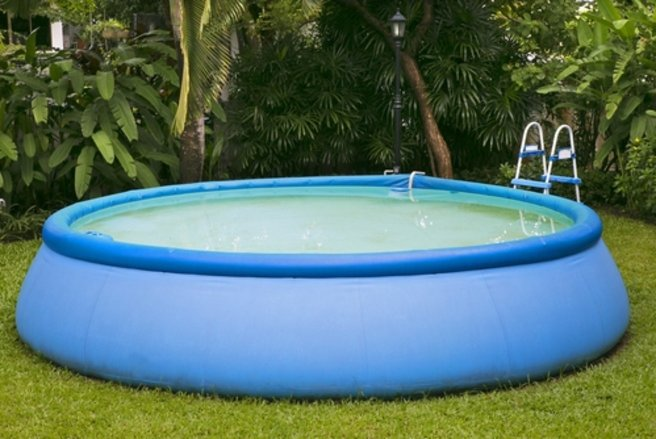 Piscine en kit imposable ou non imposable for Taxe fonciere piscine