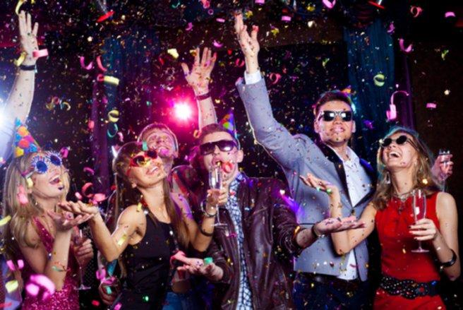 Il existe mille et une manières de s'amuser pour le Nouvel An, choisissez votre thème et amusez-vous !