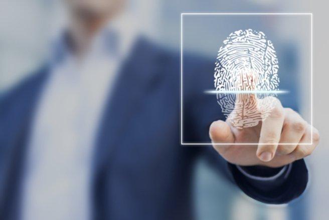 Avec cette nouvelle carte bancaire, les transactions seront plus sécurisées. © Shutterstock