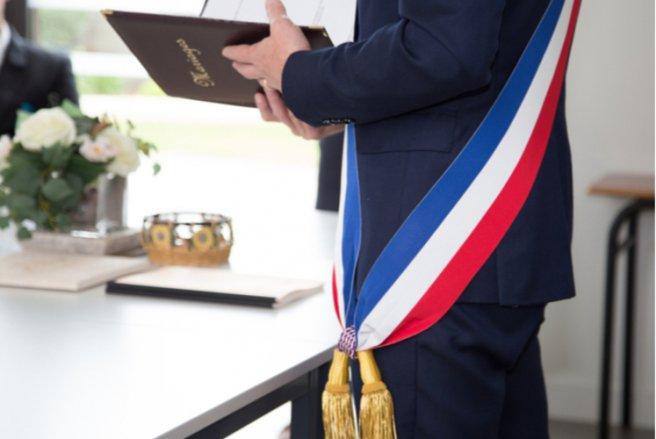 Plus de 60 % des Français interrogés sont satisfaits de leur maire. © Shutterstock