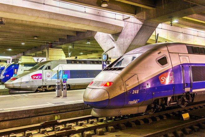 La SNCF a confirmé la circulation du train d'un couple d'octogénaires qui s'apprête à fêter ses 60 ans de mariage dans le sud de la France. © Shutterstock © Shutterstock