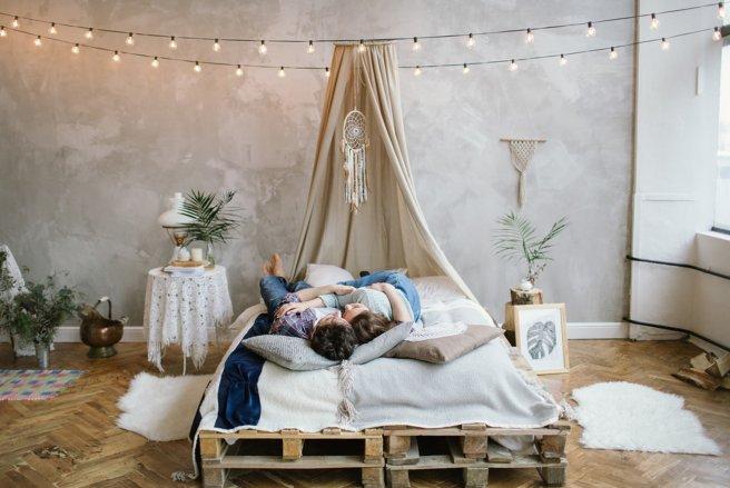 des meubles en palettes fabriquer soi m me. Black Bedroom Furniture Sets. Home Design Ideas