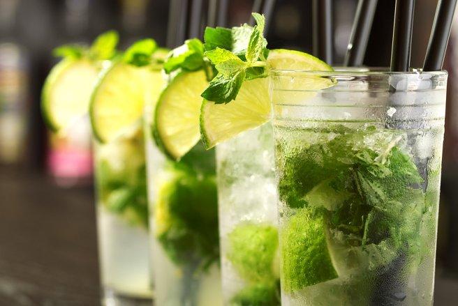 Fête nationale du Mojito les 24 et 25 juin : n'oubliez pas que l'abus d'alcool est dangereux pour votre santé. © Shutterstock