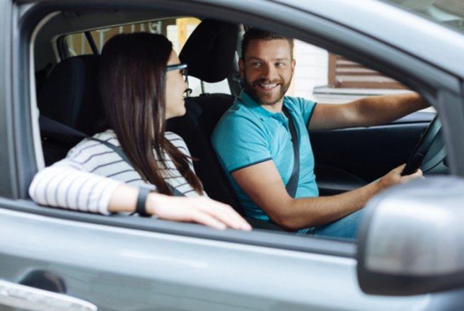 En France, un quart des automobilistes utilisent Waze. © Shutterstock