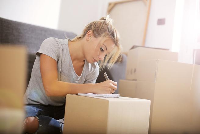 Faites les calculs et choisissez entre déménager seul ou avec l'aide de professionnels.
