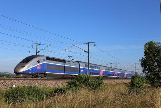 La Sncf a ouvert 200 trains, TGV et Intercités, à la réservation pour chacune des deux journées de grève, vendredi 13 et samedi 14 avril. © Shutterstock