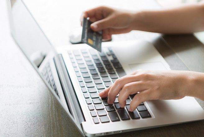 Les services rendus par les banques en ligne sont satisfaisants selon les clients. © Shutterstock