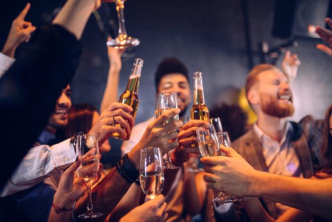 Le Cese espère pouvoir imposer un prix minimum de vente de l'alcool dans les boîtes de nuit. © Shutterstock