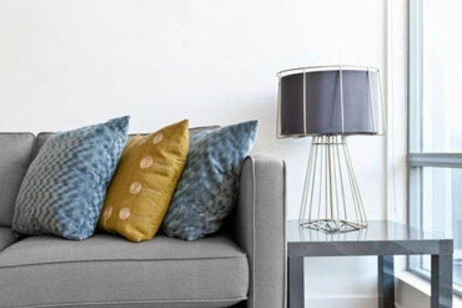 Les coussins apportent un petit plus à la décoration de votre salon.