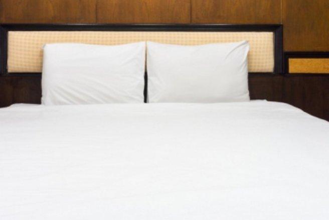 choisir son matelas pour ou contre le king size. Black Bedroom Furniture Sets. Home Design Ideas