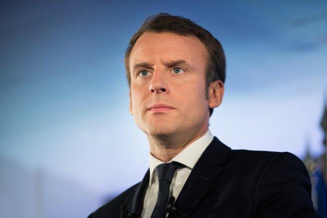 Emmanuel Macron donne un interview sur BFMTV. © Shutterstock