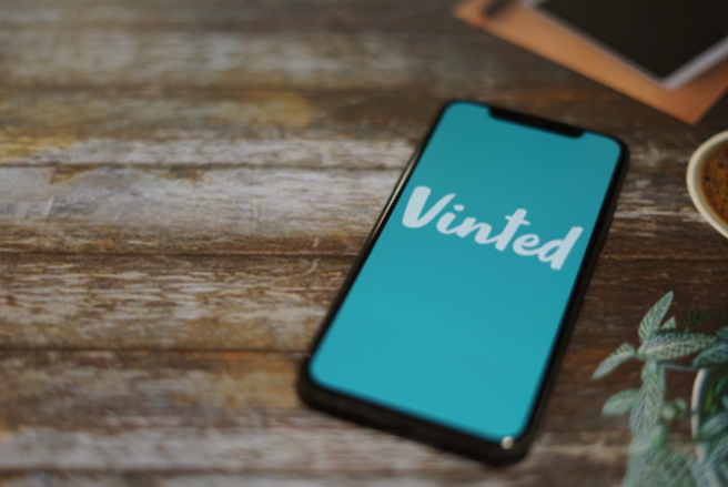 L'application de vente entre particuliers Vinted est cible d'escrocs.  © Shutterstock