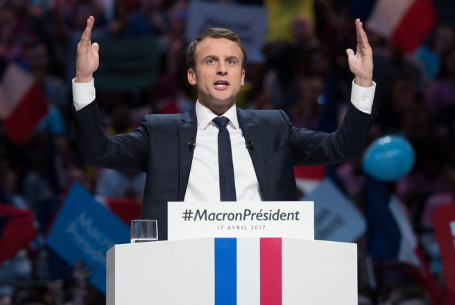Que retenir de l'interview de Macron au 13h de TF1 ? © Shutterstock