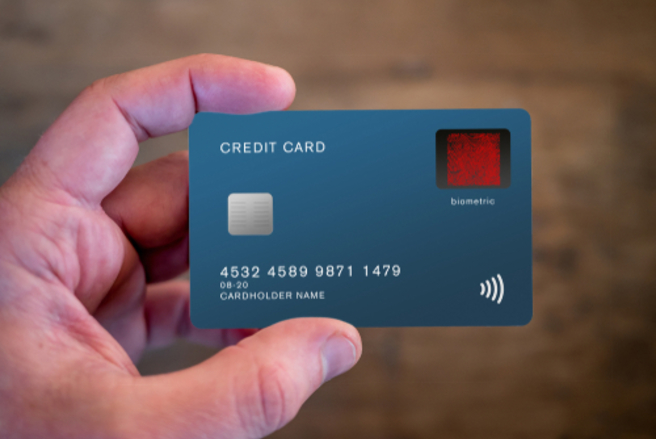 La carte bancaire à reconnaissance d'empreinte digitale arrivera en France en 2019.