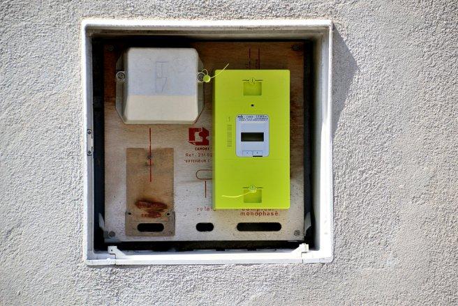 Au total, 39 millions de compteurs connectés Linky doivent être installés en France d'ici 2024. © Shutterstock