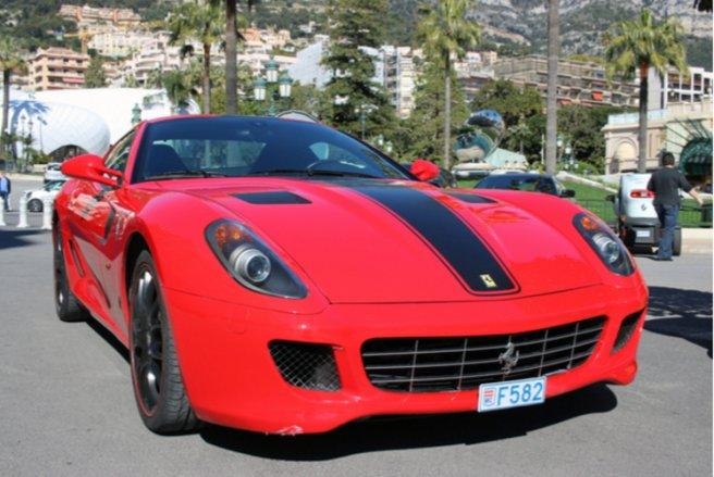 15 véhicules immatriculés à Monaco qui ont commis plus de 100 infractions sur les routes de France en 2016. © Shutterstock