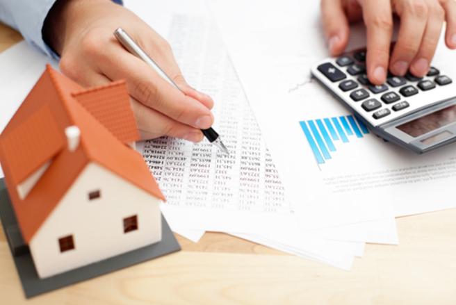 Sur 15 ans, les taux d'intérêt passent en-dessous de 1% en ce moment. © Shutterstock