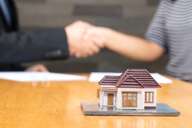 Seules 0,3 % des demandes de crédit validées par les banques ont été faites par des couples ne disposant d'aucun CDI. © Shutterstock