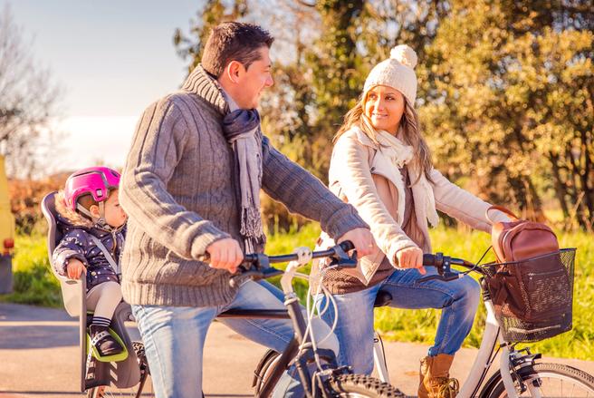 Pour le plaisir ou pour aller travailler, utiliser son vélo en hiver est tout à fait possible!