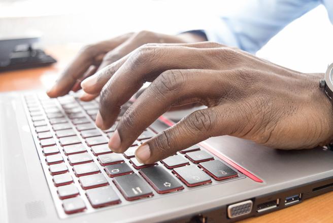 L'arnaque nigériane est appelée ainsi car les citoyens de ce pays ont été les plus prolifiques dans l'écriture de ce type de mails frauduleux. © Shutterstock