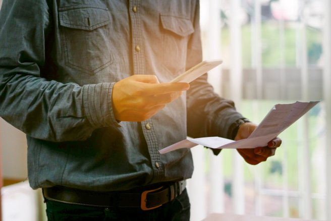 La déclaration d'impôts en ligne via un téléphone mobile revêt de nombreux avantages.