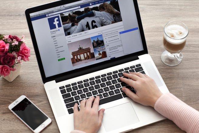 Facebook propose aussi de modifier vos paramètres de confidentialité et de restreindre les accès accordés aux applications tierces. © Shutterstock