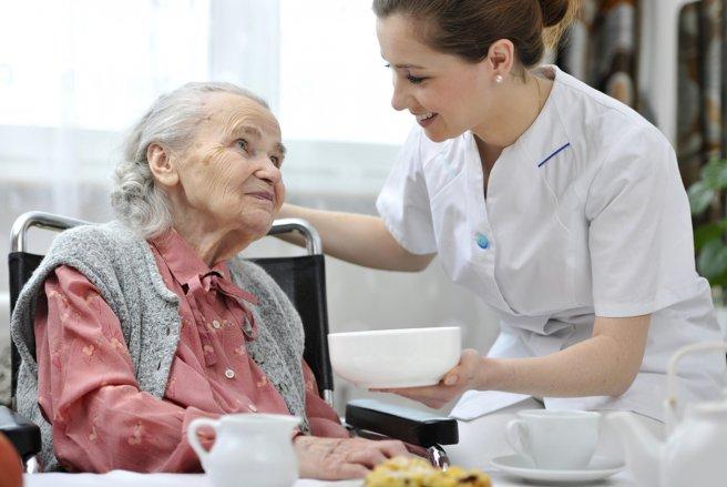 En 2017, les maisons de retraites bénéficieront de 200 millions d'euros moins qu'en 2016. © Shutterstock