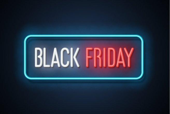 Les enseignes sont de plus en plus nombreuses à participer au Black Friday. © Shutterstock