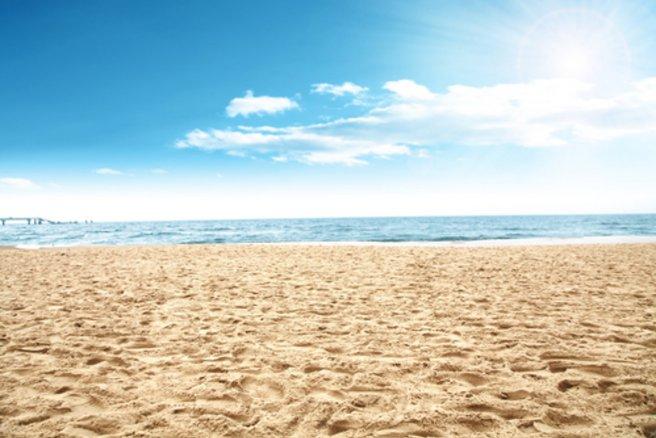 Pour lézarder sur une plage de rêve, il n'est pas forcément nécessaire d'aller au bout du monde. © Shutterstock