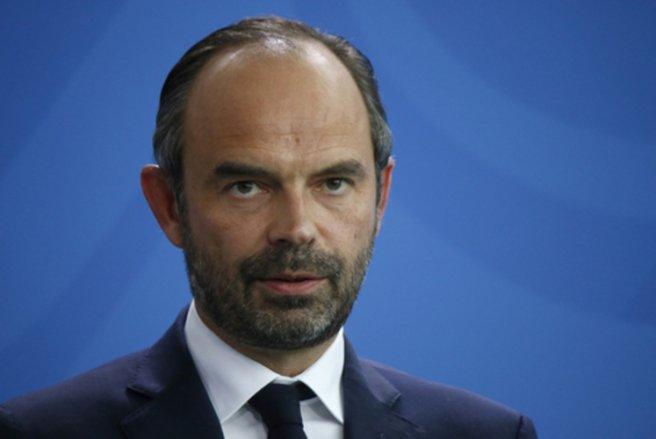 Le Premier ministre annonce le financement de 200 000 contrats aidés en 2018. © Shutterstock