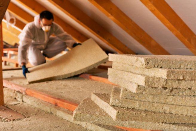 L'isolation interne d'une maison coûte en moyenne 60€ par mètre carré. © Shutterstock