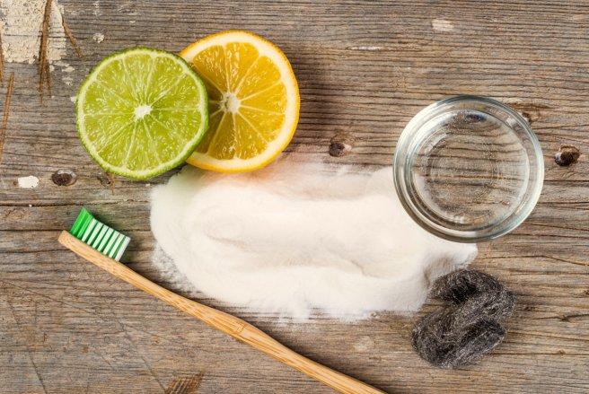 recettes faciles pour un dentifrice fait maison. Black Bedroom Furniture Sets. Home Design Ideas