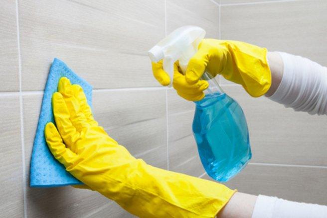 Réduire les charges en faisant le ménage, c'est possible - © Shutterstock