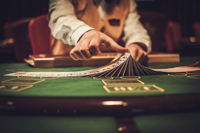 Pendant 10 ans, une femme a joué l'argent de son frère au casino. © Shutterstock