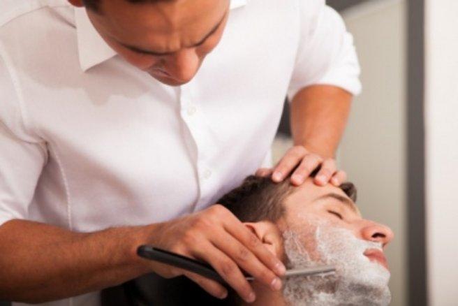 Faire tailler chez le barbier