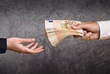 Crédits, prêts, taux d'intérêts...: comment emprunter malin !