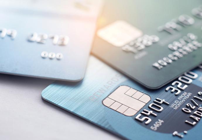 carte bancaire production semi-conducteur pénurie